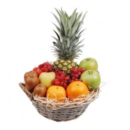 Mixed fruitmand met ananas
